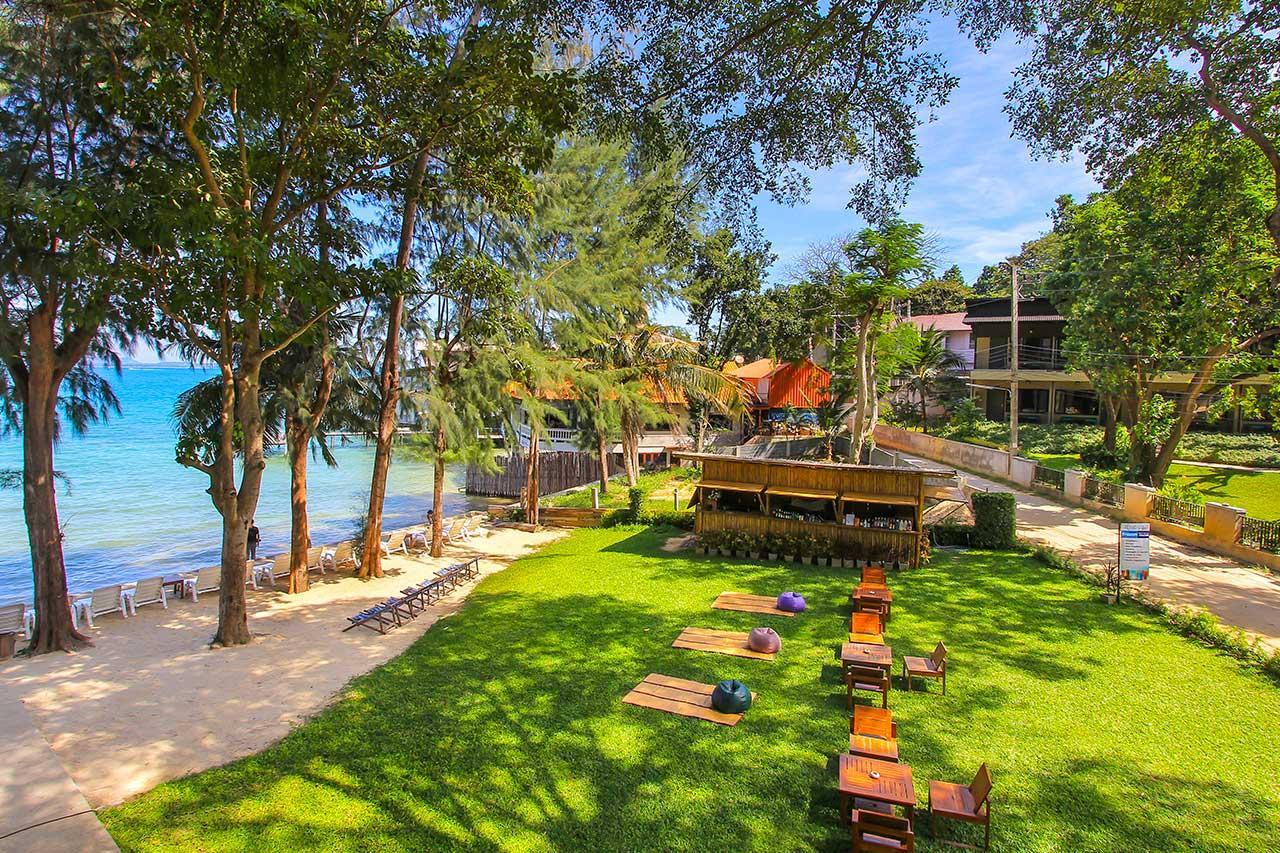 Kombinace - Samed Hideaway Resort ***, Ko Samet - pláž Ao Klang, Bangkok Palace Hotel ****, Bangkok