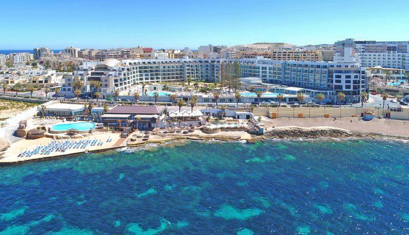 Dolmen Hotel Malta   - v dubnu