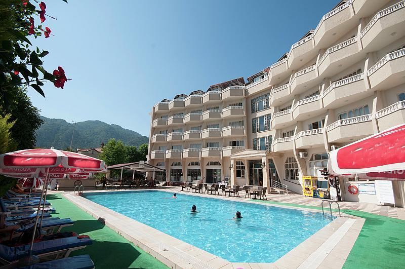 Club Selen hotel Icmeler - v říjnu