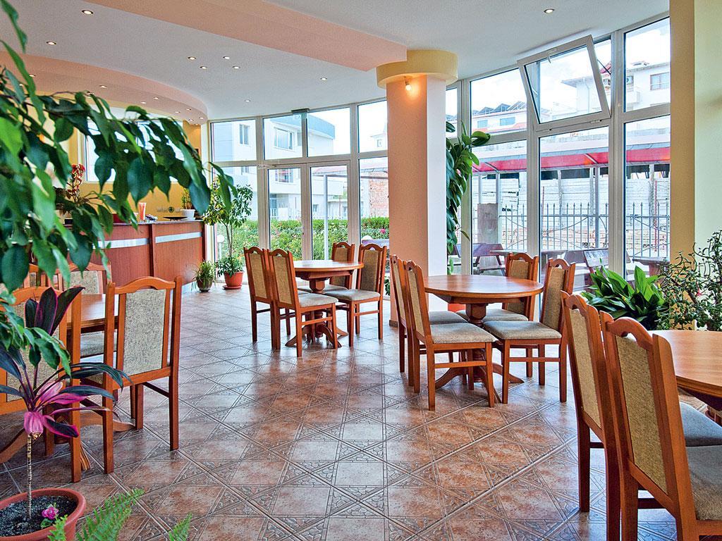 Hotel Sunny Flower