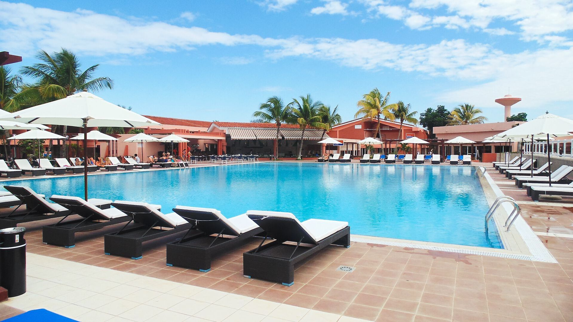 Blau Club Arenal - luxusní dovolená