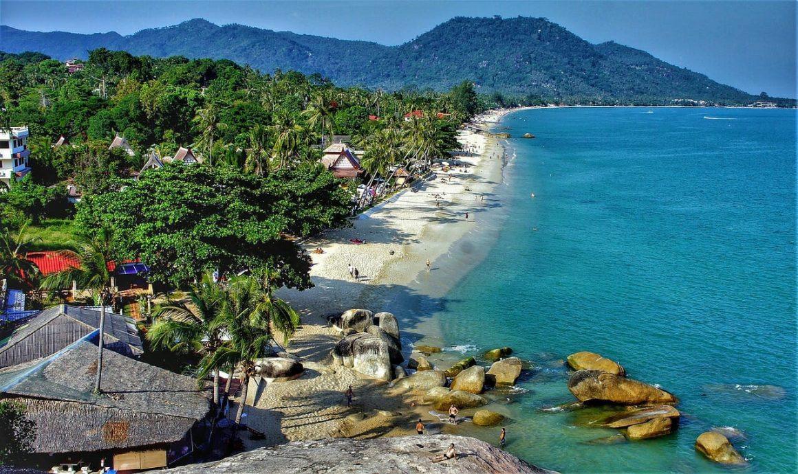 Kombinace - Aloha Resort, Ko Samui, Woodlands Hotel, Pattaya, Bangkok Palace Hotel ****, Bangkok
