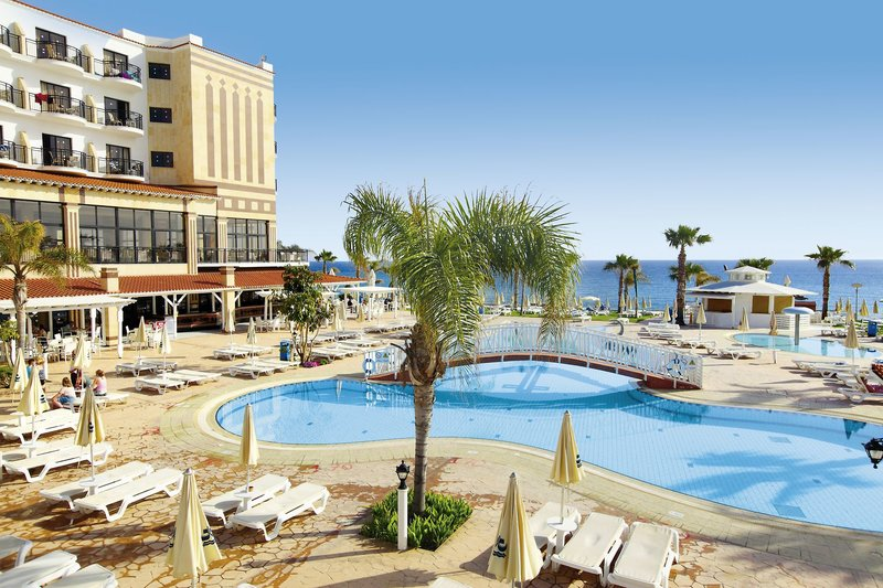 Constantinos The Great Beach - hotel
