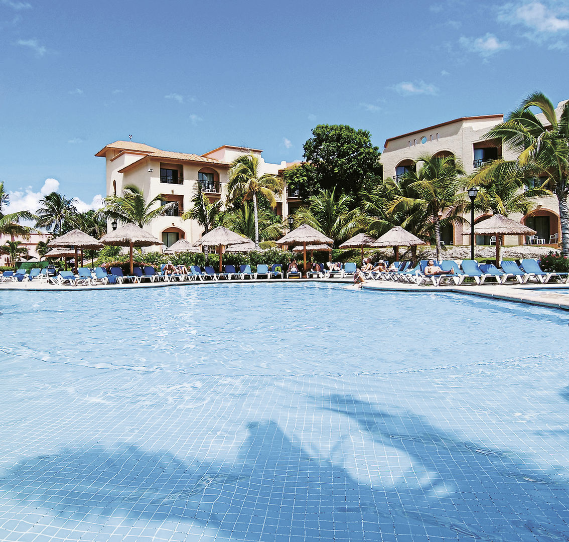 Sandos Playacar Beach Experience Resort