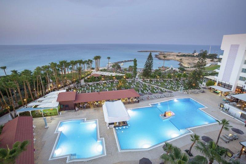 Hotel Cavo Maris Beach