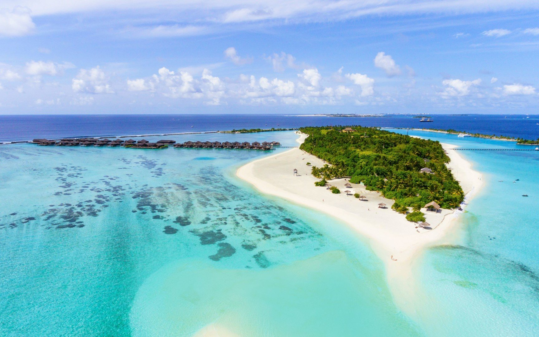 Paradise Island A 330