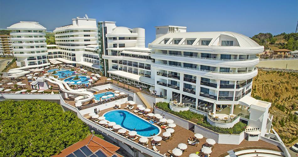 Hotel Laguna Alya Beach
