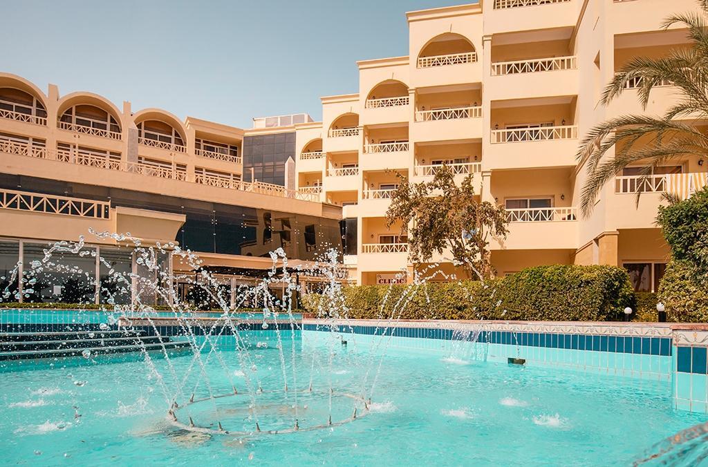 AMC Royal hotel & Spa 55+