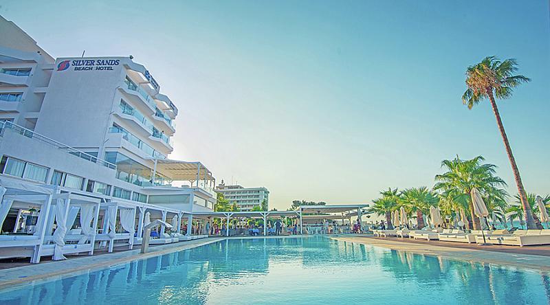 Silver Sands Beach - Hotel