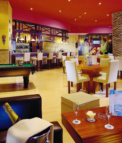 Resort & Casino Amwaj Oyoun