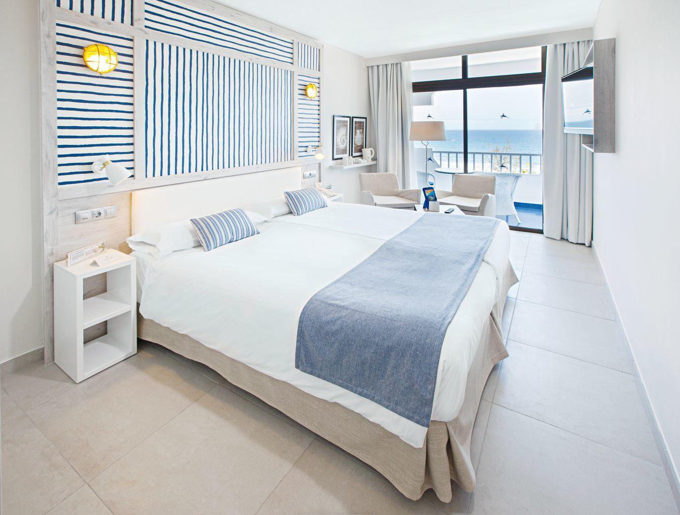 Corallium Beach by Lopesan Hotels